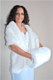 White Short Haired Faux Fake Fur Stole With Matching Muff