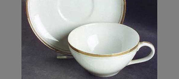Teacup, Golden Elegance